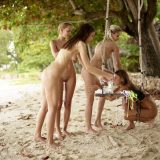 geiles fotoshooting mit 4 fast magersüchtigen jungen Girls am Karibikstrand #2_thumb