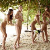 geiles fotoshooting mit 4 fast magersüchtigen jungen Girls am Karibikstrand #15_thumb