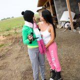 rubbel die Katz und schau mir dabei zu – zwei Bauerntöchter beim wichsen im freien #10_thumb