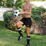 frauenfussbal mal neu gedacht - jessie sammelt spendengelder für den verein picture 13