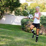 frauenfussbal mal neu gedacht - jessie sammelt spendengelder für den verein picture 3