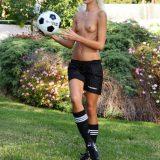 frauenfussbal mal neu gedacht - jessie sammelt spendengelder für den verein picture 11