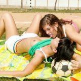 ist das frauenfussball ? nein das ist beach volleyball picture 6