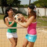 ist das frauenfussball ? nein das ist beach volleyball picture 3