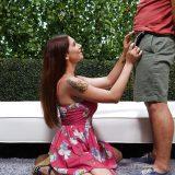 barbusige brunette mit spriessenden behaarter votze läßt sich brüste und pussy mit klebrigen sperma begiessen. picture 15