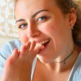 selina 19 masturbiert g ihr schnuckeliges kleines vötzchen noch vor dem ersten morgencafe picture 11